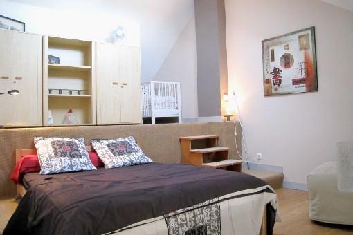 Chambre à l'étage (grand lit + petit lit)